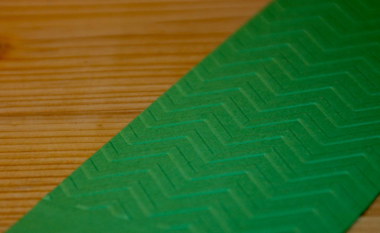 embosovany-papir